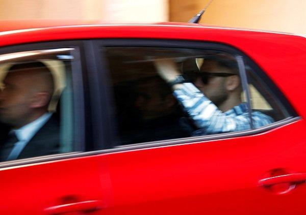 Un des deux suspects présumés dans le meurtre de Lassana Cissé arrive au tribunal de La Valette, le 19 mai 2019. Crédit : Reuters