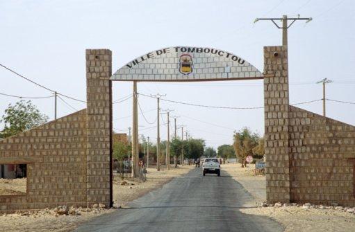 © Travel Ink/GettyImages  Au Mali,l'entrée de la ville de Tombouctou.