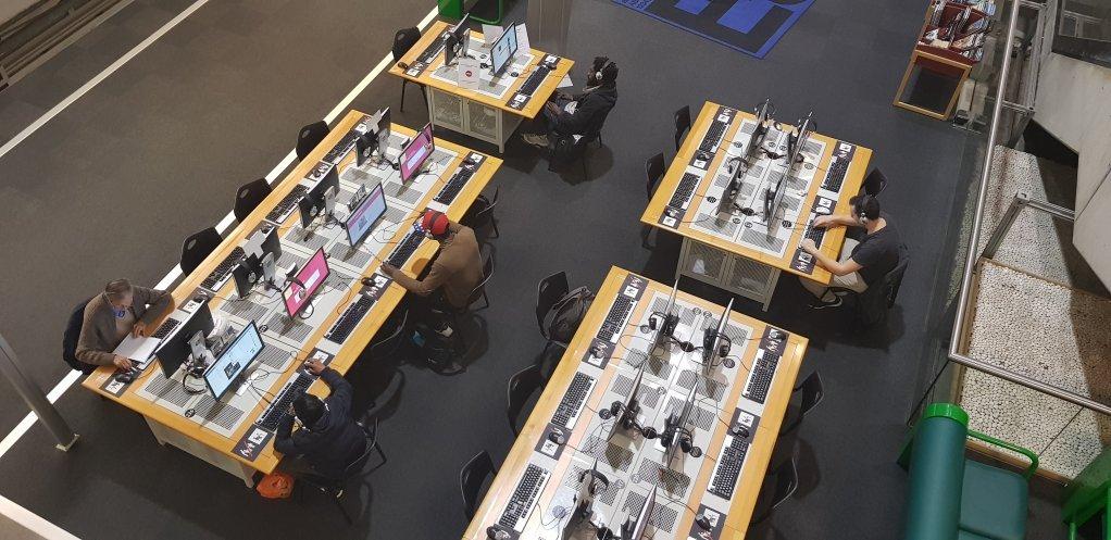 مكتبة مدينة العلوم بباريس. آن - دياندره لوران