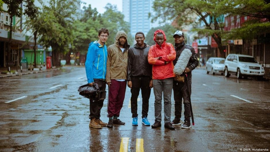 The Homecoming producing team in Nairobi, Kenya. From left to right: Ignacio Hennings (cinematography), Ras Mutabaruka (producer/director), George Mwangangi (production manager), Paul Kidero (photographer and assistant manager), Reuben Besa (sound) | Photo: DW/R.Mutabaruka