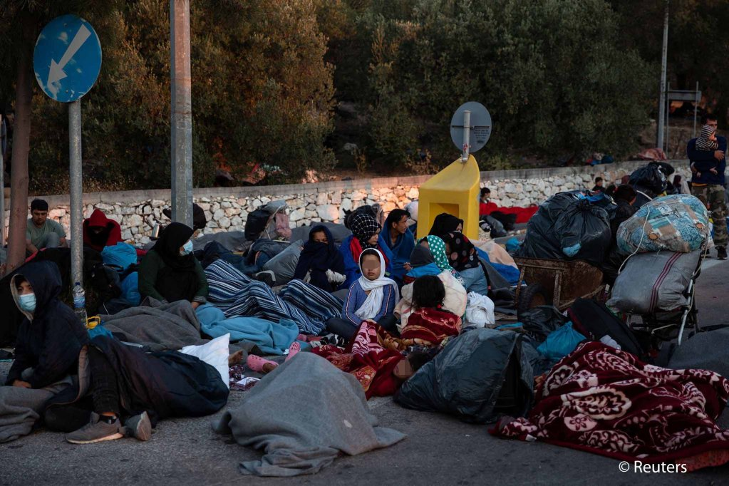 Nearly all the residents of the camp have been left without a place to sleep for the night after two nights of fire destroyed the Moria camp | Photo: Reuters