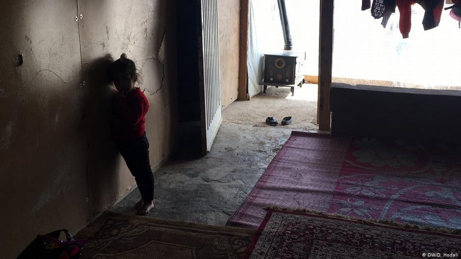 The interior of Medyen al-Ahmed and his family's tent, seen in 2018 | Photo: DW/D.Hodali