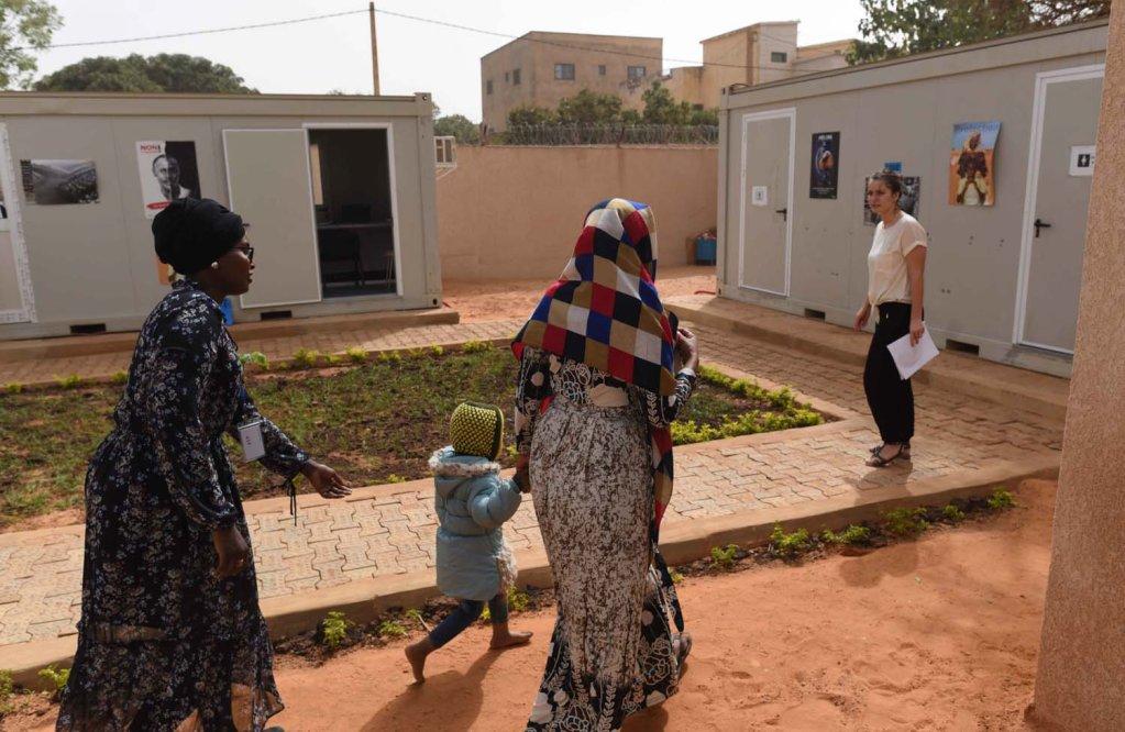 Mahjabeen petite Somalienne de 3 ans est lune des 361 personnes vacues de la Libye vers le Niger par le HCR depuis novembre 2017