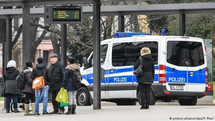 أعلنت بعض المدن الألمانية أنها لن تستقبل مزيداً من اللاجئين