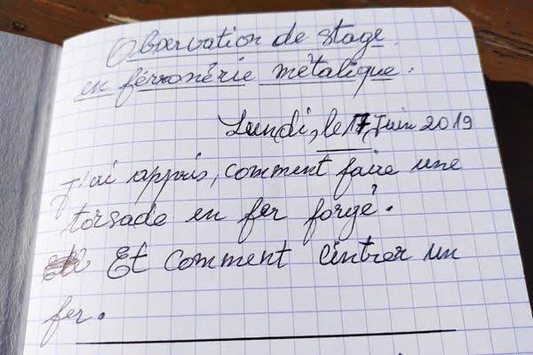 Les notes manuscrites de Zache  propos de son stage en ferronnerie effectu en juin AW
