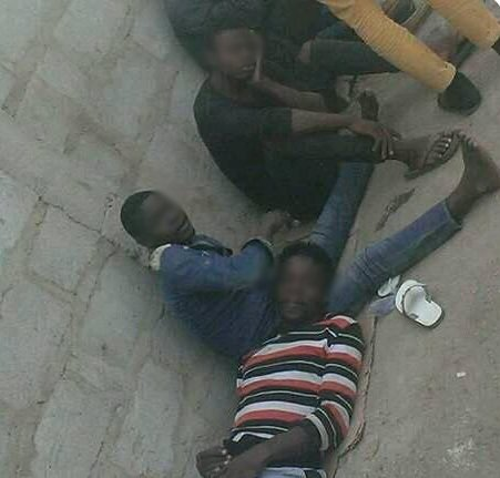 Prince et des amis  lui en Libye Crdit  InfoMigrants