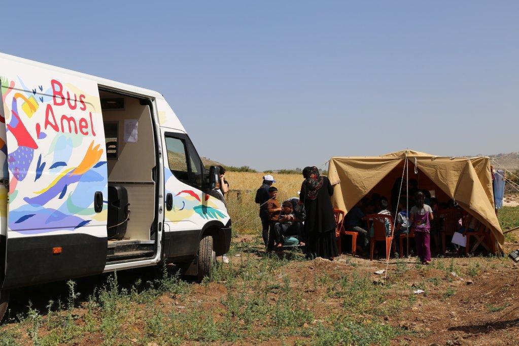 Les Baroudeurs de L'Espoir vont financer une unité éducative mobile pour les enfants syriens réfugiés dans l'est du Liban. Crédit : Sonia Grieco/Amel