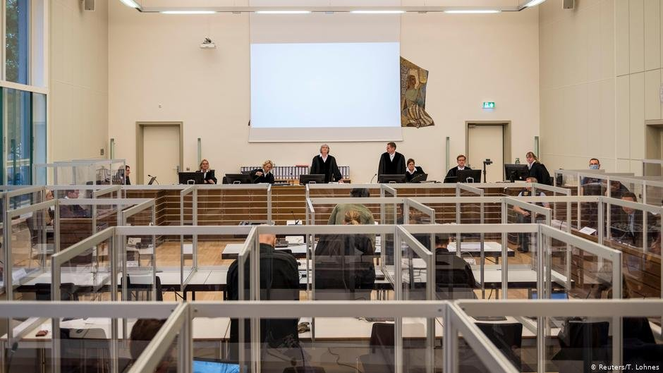 The Koblenz trial is underway against two former Syrian intelligence officers for crimes against humanity | Photos: Reuters/T.Lohnes