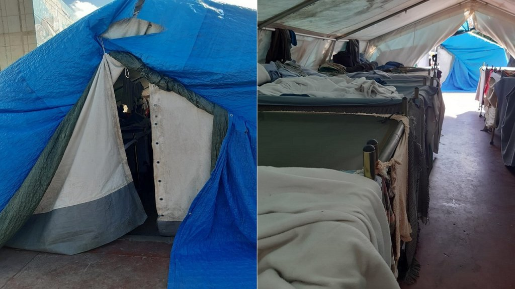 """إحدى الخيام التي يعيش فيها المهاجرون في مركز """"سيتي"""" في مليلة. المصدر: الصورة أرسلها مهاجرون."""