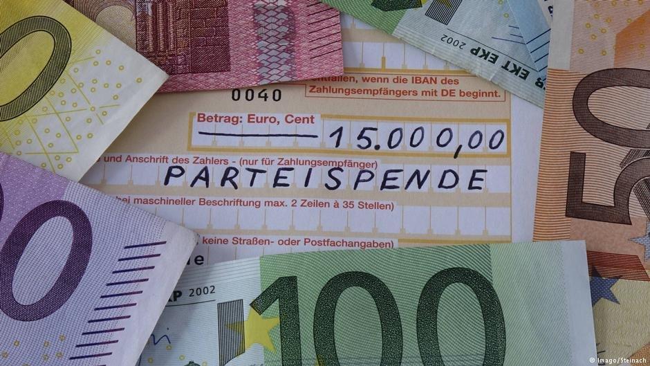 شمار زیادی از پناهجویان از آلمان  برای خانوده های شان پول می فرستند.