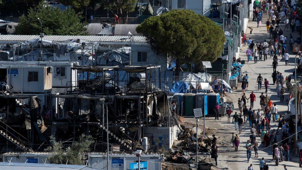 Lincendie meurtrier du 29 septembre dans le camp de Moria  Lesbos a dtruit plusieurs conteneurs dhabitations Crdit  Reuters