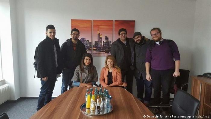 تسعى الجمعية الألمانية السورية للبحث العملي إلى إدماج الباحثين اللاجئين في ألمانيا عن طريق البحث العملي