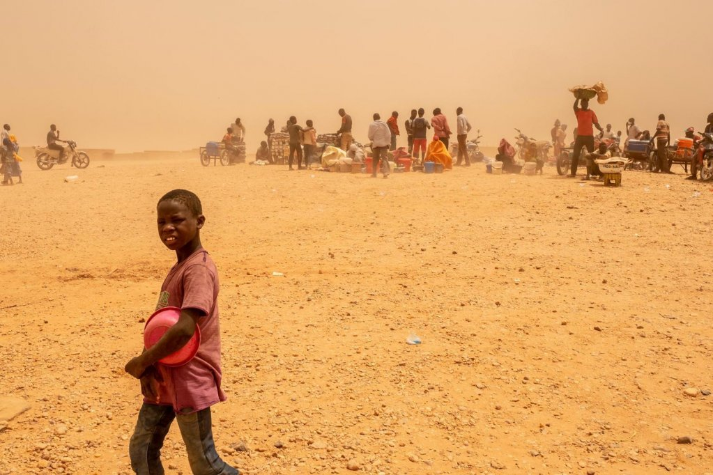 A young migrant at a transit center for migrants who are being sent home from Algeria in Agadez, Niger. Credit: ANSA/UNICEF