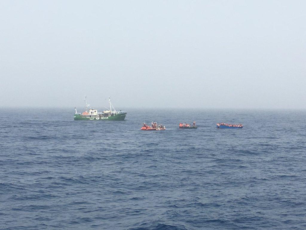 Image d'archive d'un sauvetage en Méditerranée. Crédit : Boualem Rhoubachi