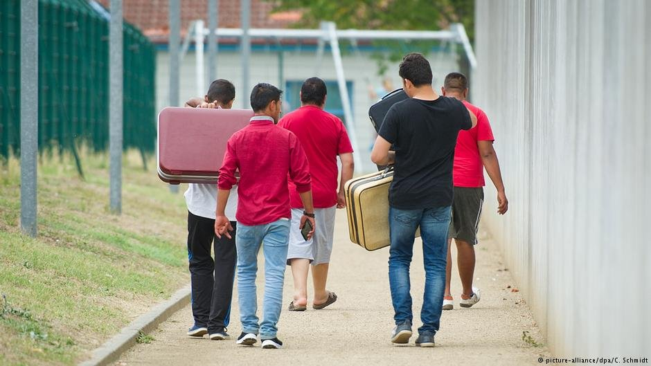 Anchor centers in Germany are meant to speed up processing, so that asylum seekers can settle in the community or be deported quickly