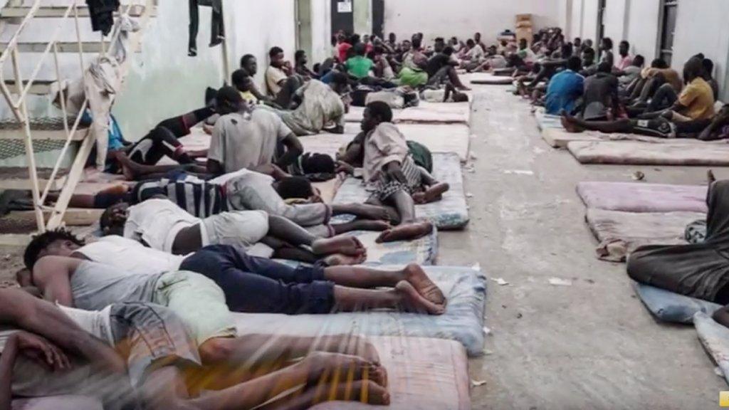 لاجئون أفارقة في ليبيا/ ANSA