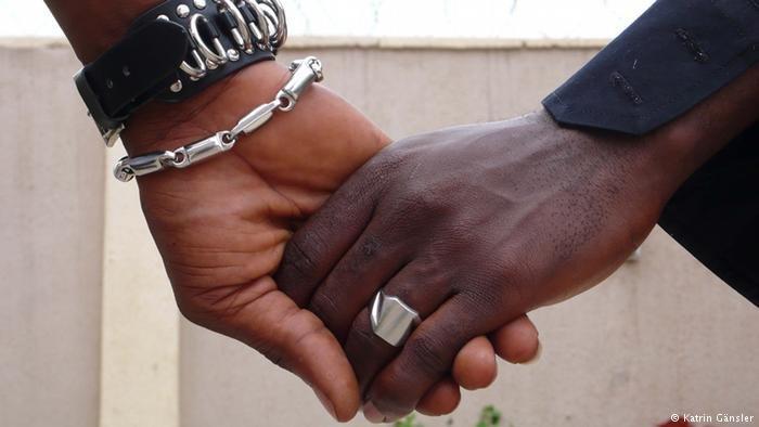 En Côte d'Ivoire, la législation sur l'homosexualité est floue et laisse la place aux discriminations
