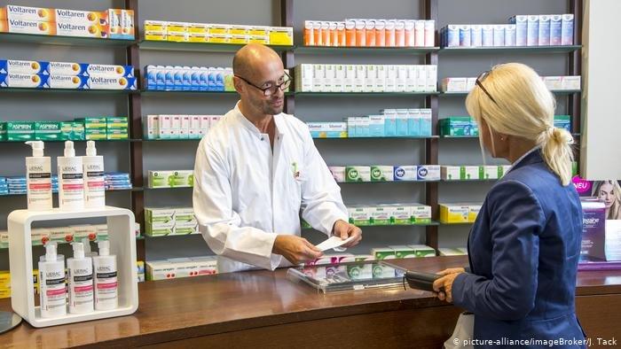 تعديل شهادة الصيدلية في ألمانيا ليست مهمة سهلة، كما يرى الصيادلة المهاجرون