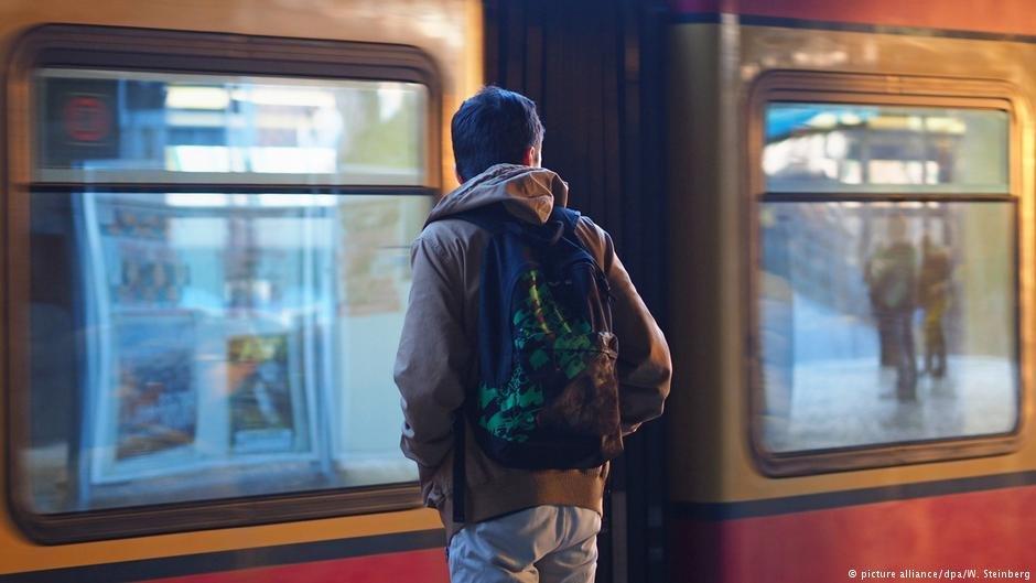 Un jeune migrant à Berlin / picture alliance