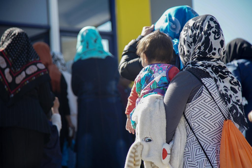 women and children at the initial reception center in Moria, Greece © UNICEF/UN0237288/