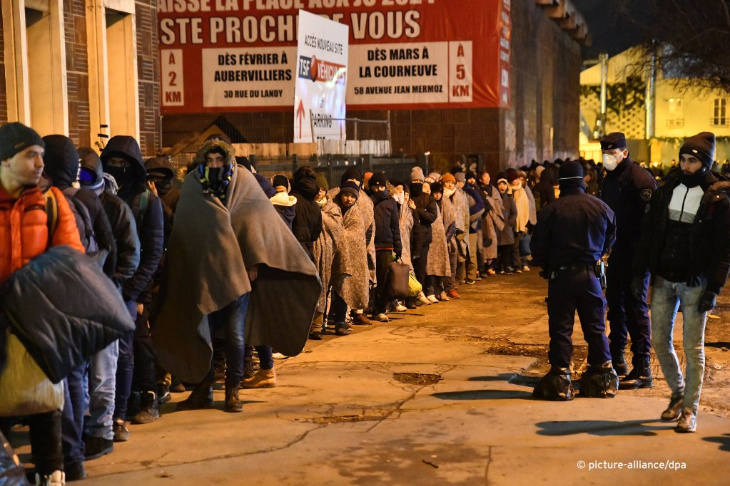 The migrants and refugees were moved out of the camp in the early morning hours on Tuesday  Photo Picture-Alliancedpa
