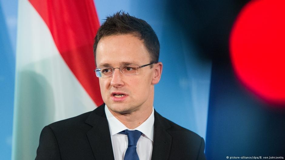 پیتر سیجارتو، وزیر خارجه مجارستان (هنگری)