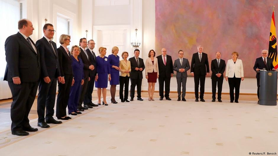 معرفی رسمی اعضای کابینه جدید آلمان توسط اشتاین مایر رئیس جمهور