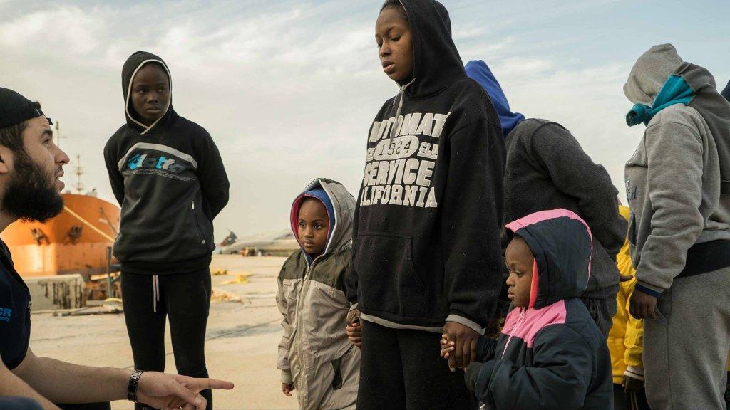 Archive. Le 7 janvier dernier les gardes-côtes libyens ont intercepté près de 270 migrants en mer Méditerranée. Ils ont été reconduits à Tripoli vers un centre de rétention. Crédit : ANSA/Z. Abusrewil