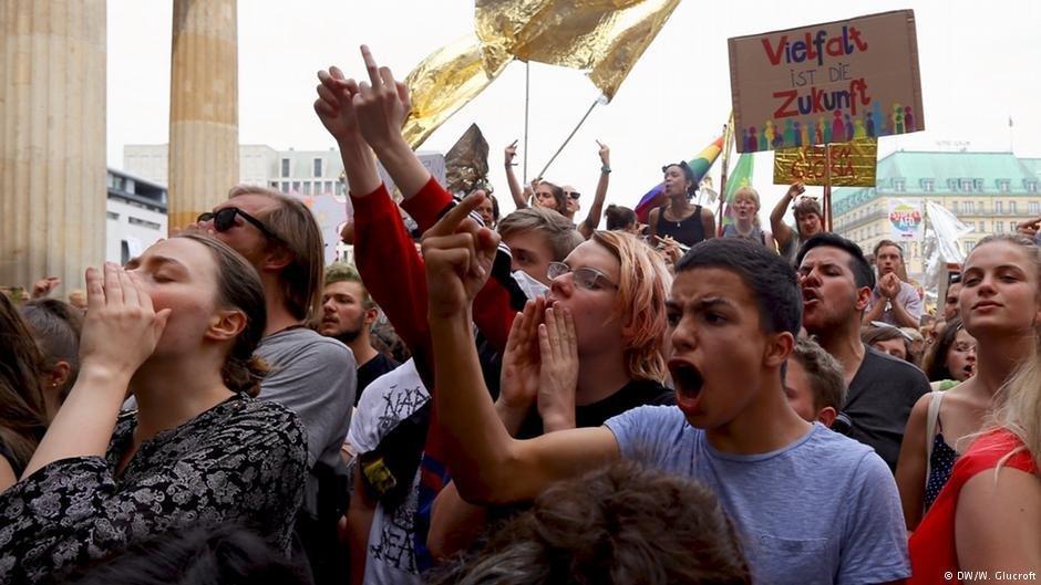 En Allemagne tout le monde est libre dexprimer ses opinions politiques dans le cadre de la loi Berlin le 27 mai 2018