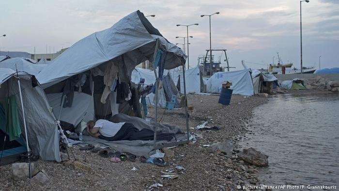 مخيم على جزيرة كيوس اليونانية. أرشيف
