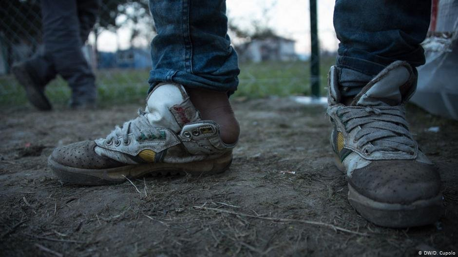 A refugee's shoes after crossing the border between Serbia and Bulgaria | Photo: DW/D. Cupolo.