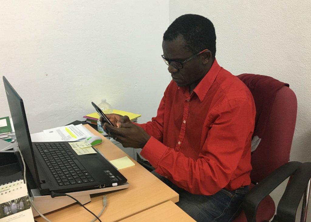 Albert travaille aujourdhui dans une association daide aux migrants Crdit  Leslie Carretero