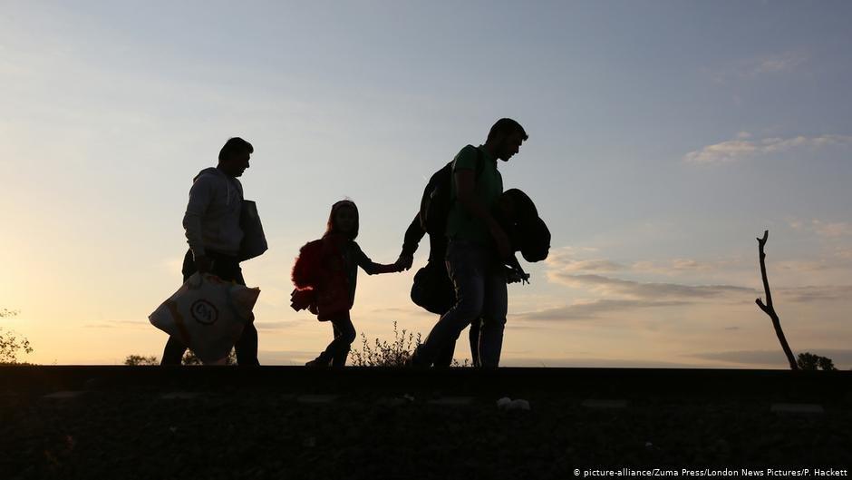 عکس از (picture alliance) شمار بیشتر شهروندان آلمانی به پذیرش مهاجرین اقلیمی، دید مثبت دارند.