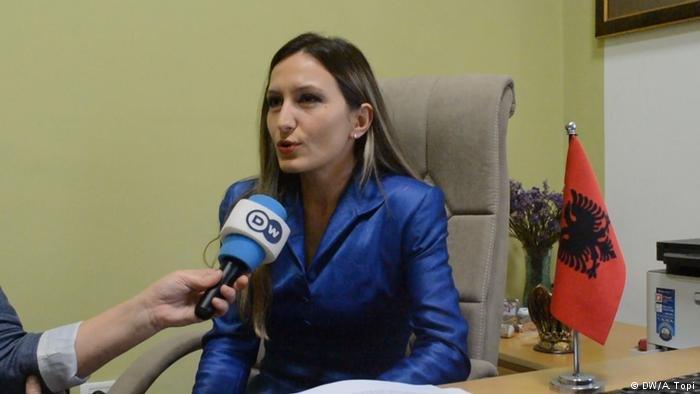 ألما ميلي، مديرة دائرة اللجوء بوزارة الداخلية في ألبانيا.