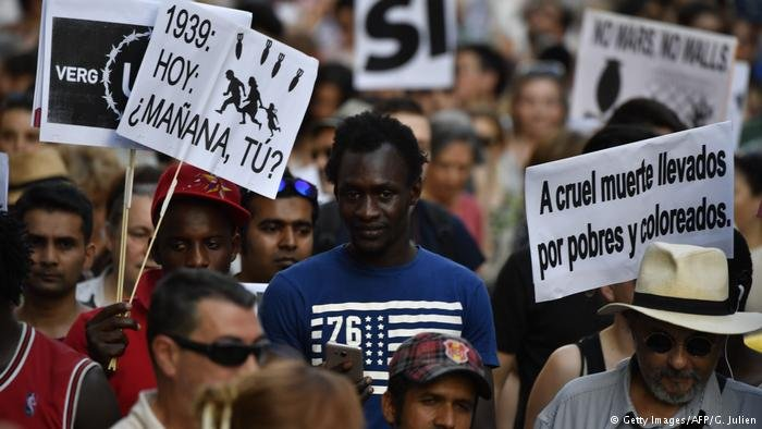 March for refugees in Spain