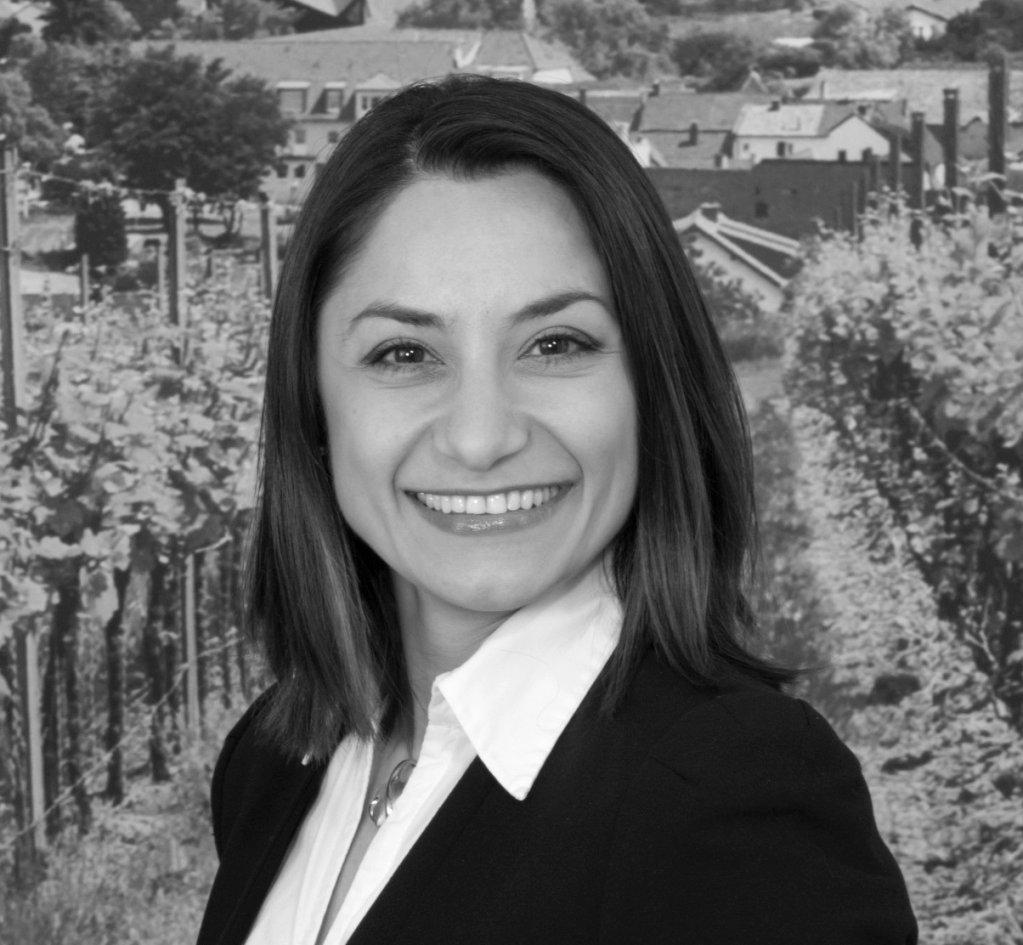 Zemfira Dilovani: Lawyer in Koblenz- Germany