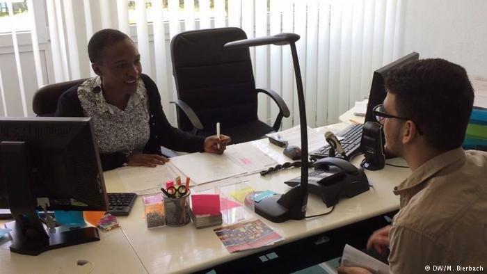 Yvonne Chipo Makopa en est certaine : son expérience en tant que migrante peut aider les réfugiés avec lesquels elle travaille