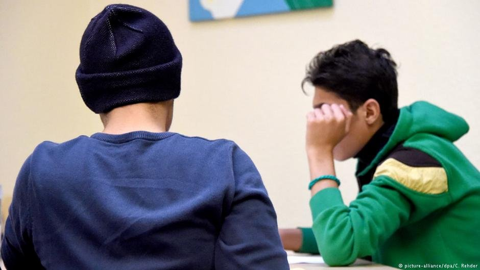 "Two unaccompanied minors during their ""Inobhutnahme"""