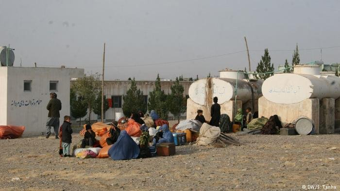 File photo of Afghan displaced persons being helped by UNHCR | Credit: DW/S.Tanha
