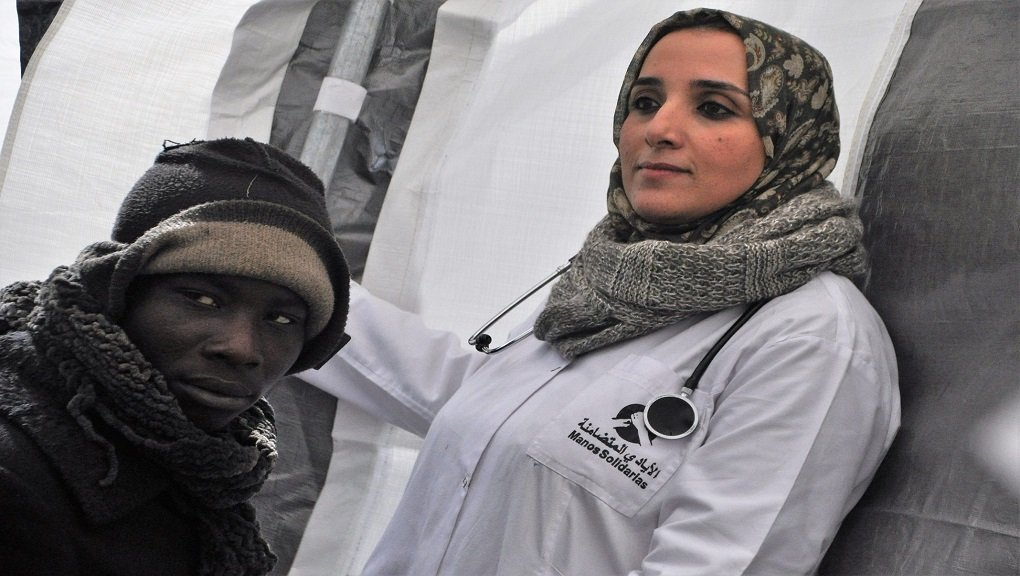 Le Dr Marsou, médecin marocaine consacre ses journées à soigner des migrants d'Afrique subsaharienne. DR.