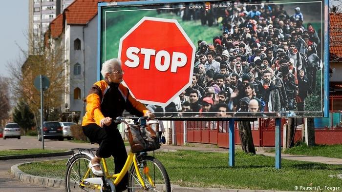 """البرلمان المجري يقر قانون """"أوقفوا سوروس"""" الذي يعاقب المنظمات غير الحكومية التي تساعد المهاجرين """"غير الشرعيين"""""""