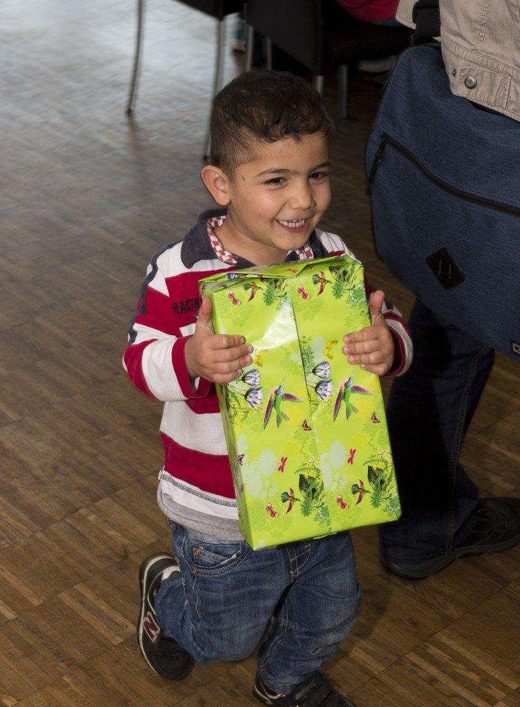 HAPPY BOX   Yener Selcuk ©