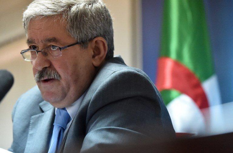 RYAD KRAMDI / AFP  Le conseiller du président Bouteflika, Ahmed Ouyahia a été vivement critiqué en Algérie après ses propos polémiques sur les migrants.