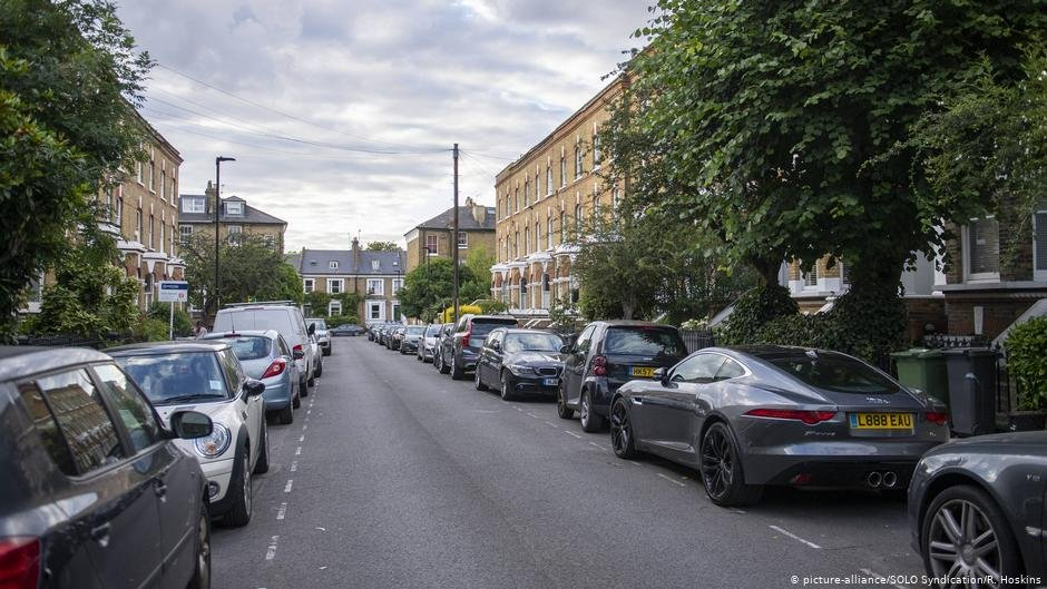Jos Matadas body fell onto this residential street in southwest London  PHOTO picture-allianceSOLO SyndicationR Hoskins