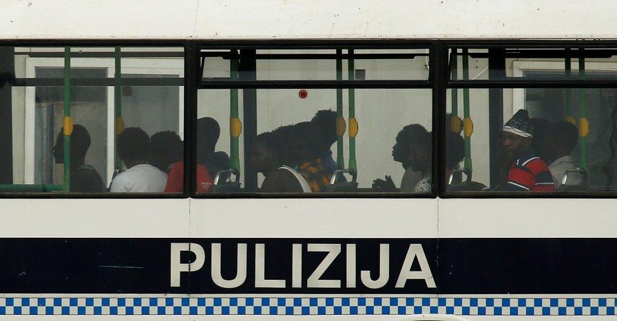 Les migrants secourus au large de Malte, le 13 août 2018. Crédit : Reuters