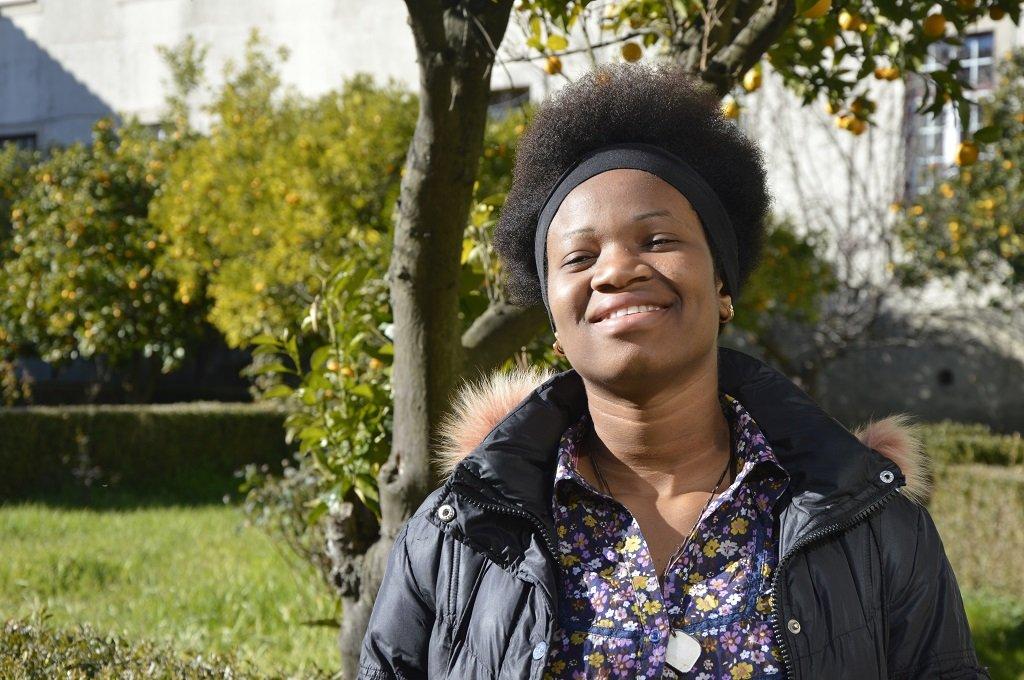 Augustina Sunday vient du Nigeria. Depuis septembre, elle fait partie des 19 rescapés de l'Aquarius accueillis à Fundão. Crédit : Maëva Poulet / InfoMigrants.