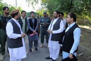 En Afghanistan, Omaid travaillait à l'ambassade américaine. Omaid Shegiwal
