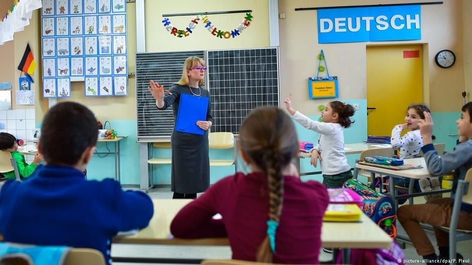 Many migrant children in German schools are struggling