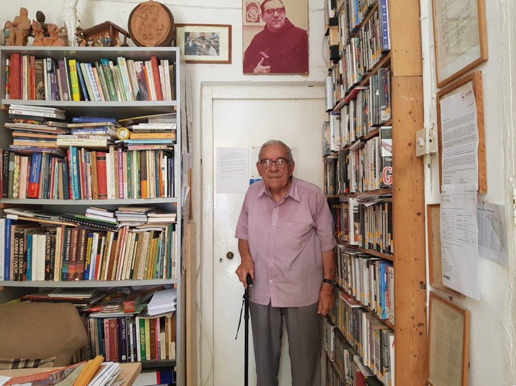 Le Frres Dionysus Mintoff est le fondateur du Peace Lab  Malte Crdit  Charif Bibi  InfoMigrants