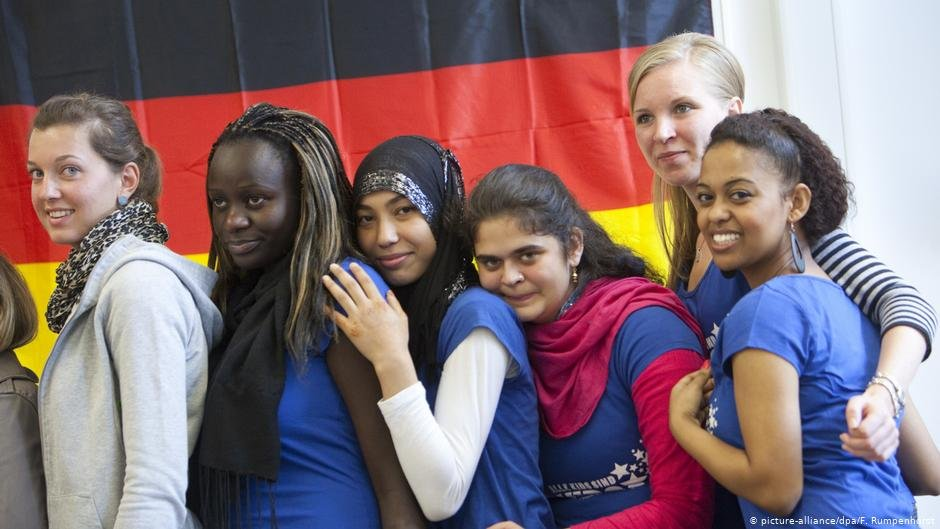 Students at a German technical school | Photo: picture alliance/F. Rumpenhorst